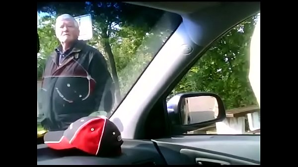 Nasty old man spies for the guy jerking in a car – Streampornvids.com